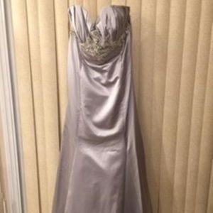 FABULOUS FROST SATIN EMBELLISHED EVENING GOWN 20